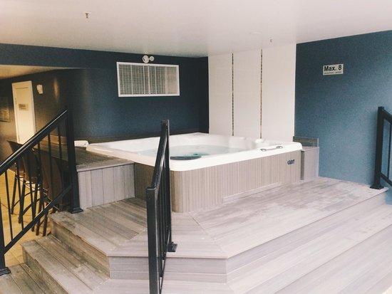 Hotel Shediac: Hot tub