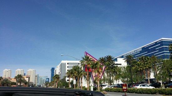 Hard Rock Hotel and Casino Las Vegas: Outside