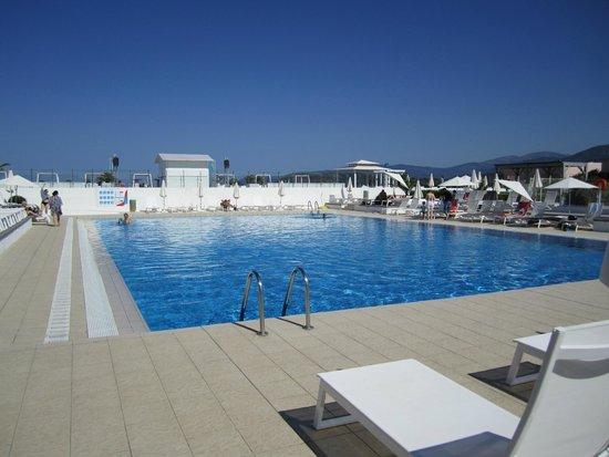 Club Marmara Grand Bleu: piscine de l hotel