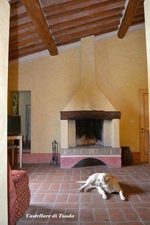 Castellare di Tonda Resort & Spa: Avevamo anche il camino...