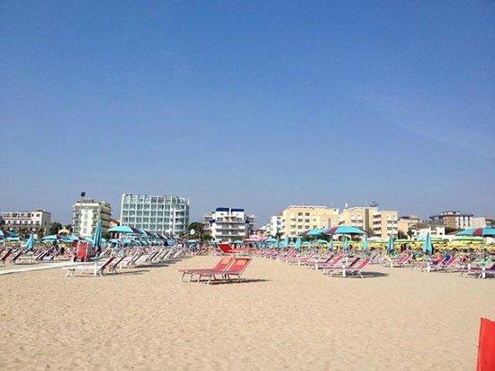 L'Hotel Baltic,a pochi metri dalla spiaggia di Rimini