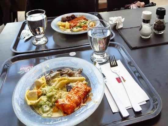LeBuffet Berlin KaDeWe: Pasta lunch at Le Buffet