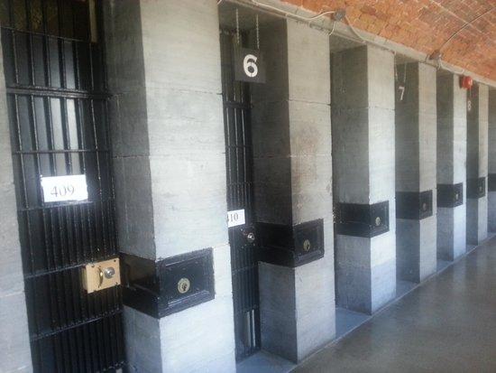HI Ottawa Jail Hostel: Room view