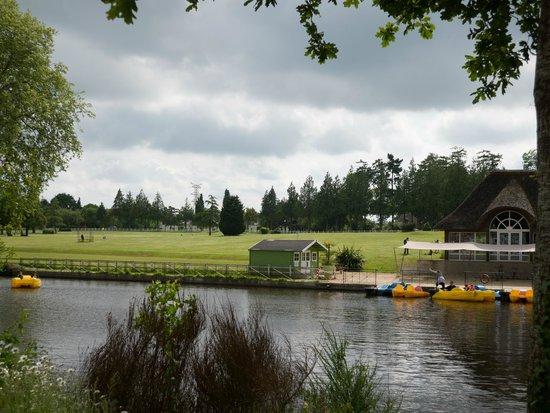 Les Ormes, Domaine & Resort: Boating Lake