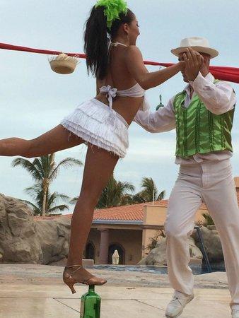 Playa Grande Resort: Latin night show