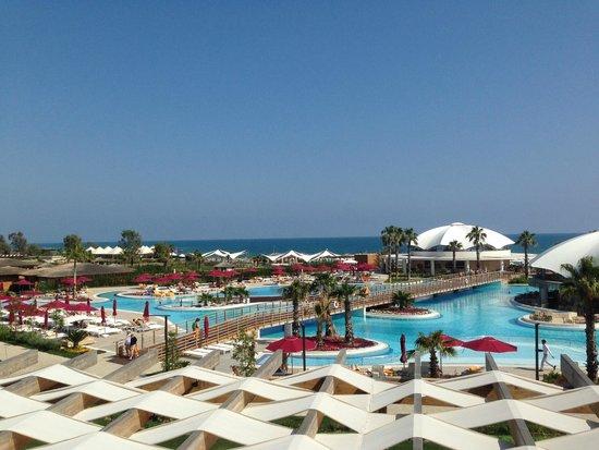 Kaya Palazzo Golf Resort : бассейны