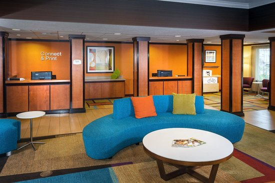 Fairfield Inn & Suites Anchorage Midtown : Business Library