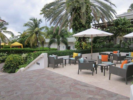 Four Seasons Resort Nevis, West Indies: Lounge