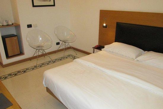 ARS Hotel: Bedroom
