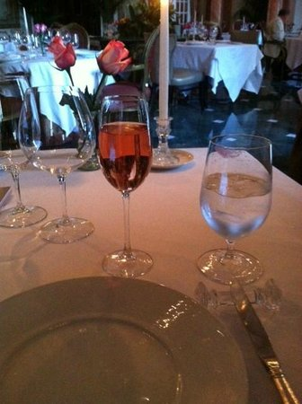 The French Room - TEMPORARILY CLOSED: Champagne