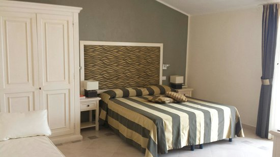 Hotel Corallo: Our light and comfortable superior room 210