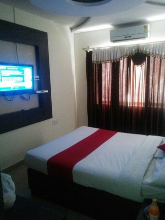 Hotel MB International: Very spacious and neat
