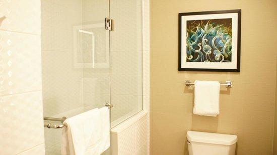 Ramada Marina Del Rey: New Bathroom Ramada Marina Del Ray