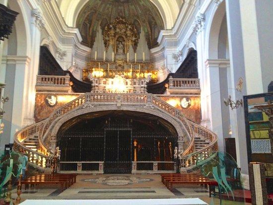 Casa del Monacone: The Monacone is attached to Santa Maria della Sanità church and the catacombs of naples!