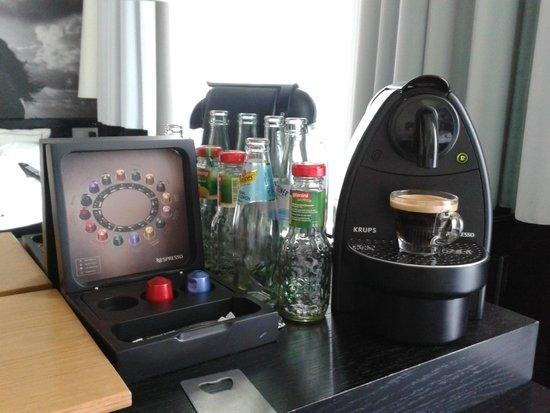 Sir Savigny Hotel: Nespresso