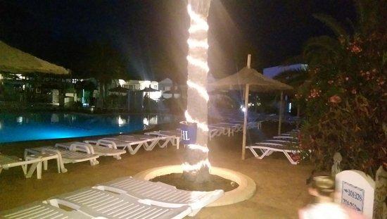 HL Paradise Island : pool