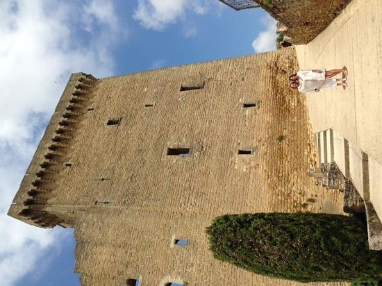 Ventoux Decouvertes : Pope's Chateau