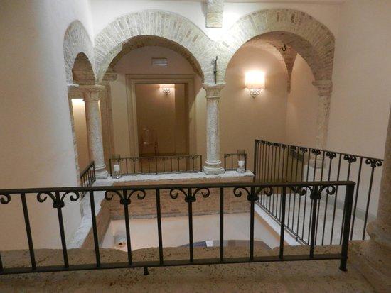 Hotel Palazzo dei Mercanti: Interno del palazzo