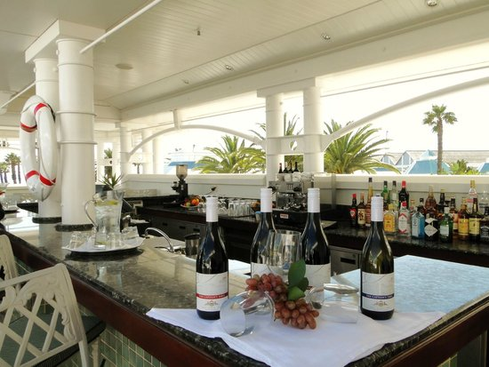 The Table Bay Hotel: party area