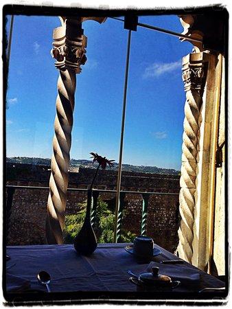 Pousada de Obidos Historic Hotel: Vista da janela do restaurante pela manha