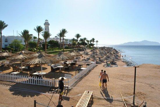 Tiran Island Hotel: пляж