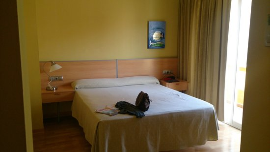 Hotel Sercotel Zurbaran : La cama
