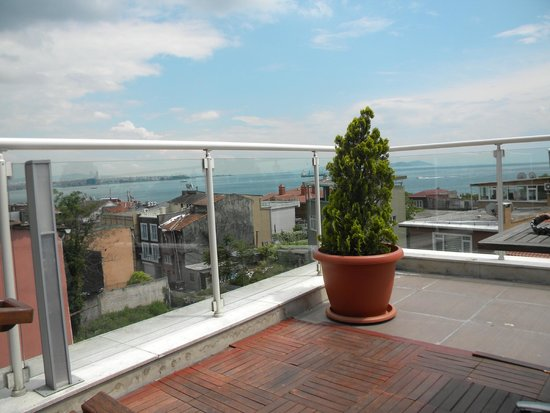 Almina Hotel: Terrace view