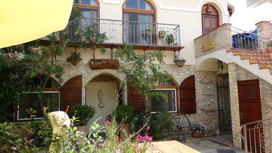 Ganimede Hotel : Hotel