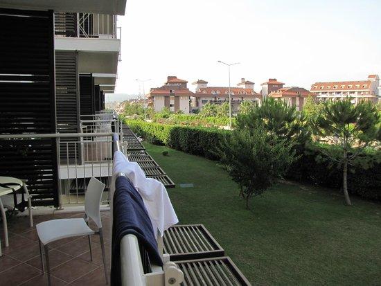 Barut B Suites: utsikt från balkongen