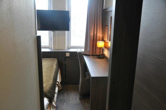 Brunnby Hotel: Enkelrum