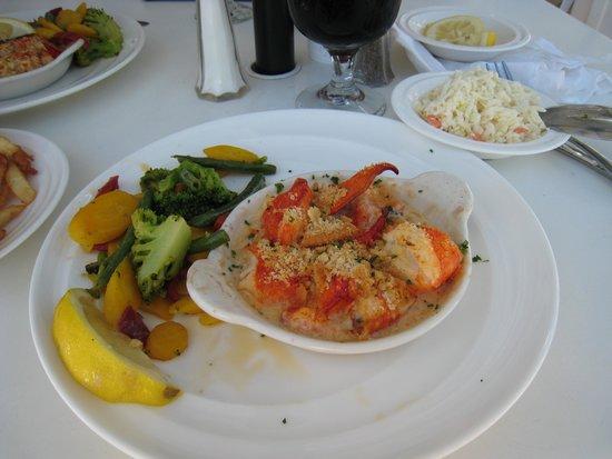 Sea Ketch Restaurant: Yummy, Lobster Pie
