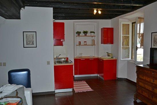Appartamenti i Giardini di Villa Melzi: kitchen