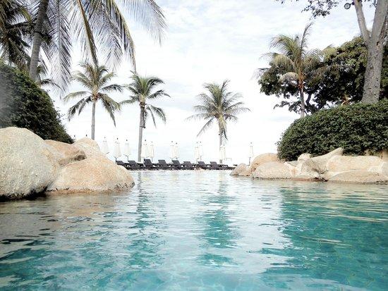 Hyatt Regency Hua Hin: สระว่ายน้ำ