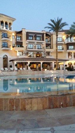 InterContinental Mar Menor Golf Resort & Spa: Pool side of the hotel