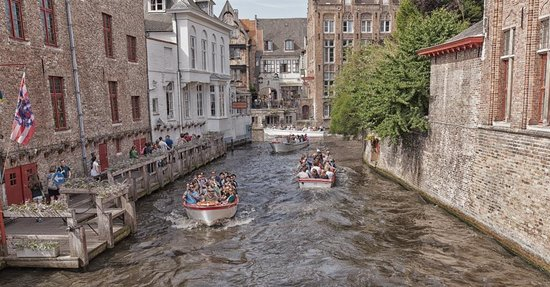Boottochten Brugge: Rush Hour on the Canal