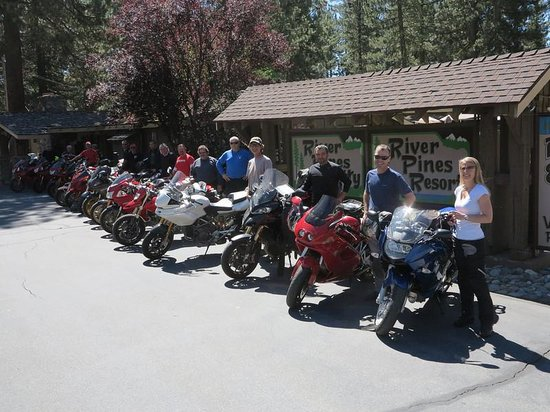 River Pines Resort: Gathering for a morning ride
