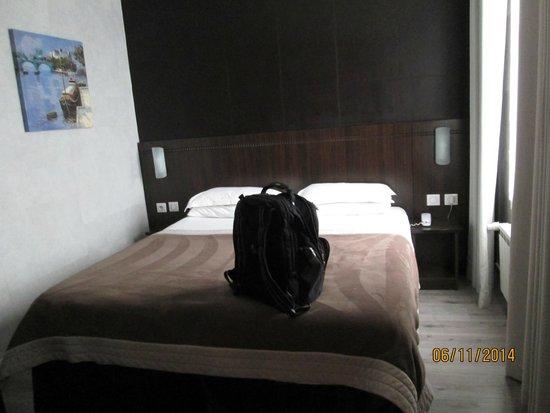 Hotel de la Paix Tour Eiffel: Hotel Twin Room