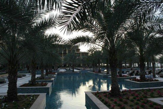 Hilton Ras Al Khaimah Resort & Spa: Бассейн