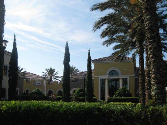 Hilton Grand Vacations at Tuscany Village : Scenery
