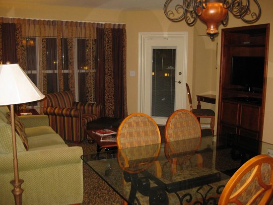 Hilton Grand Vacations at Tuscany Village : One Bedroom Suite