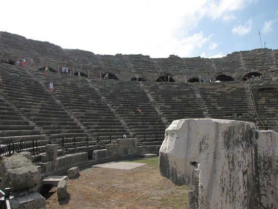 Greek Amphitheater : amfiteatern