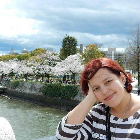 Hiroshima Peace Memorial Park : Me at the bridge of the park.