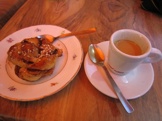 Jerntorgiths Cafe: Yum