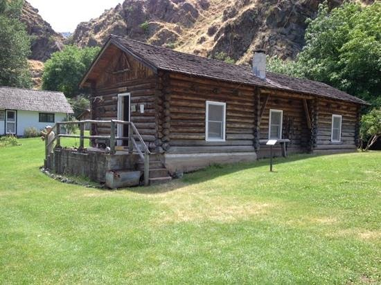 Hells Canyon Adventures: Museum on Kirkwood aranch.