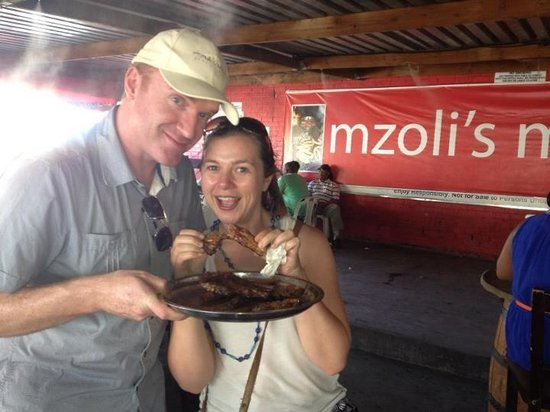 Escape to the Cape Sightseeing Tours: Irish journalists at Mzoli's