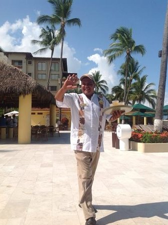 Canto Del Sol Plaza Vallarta: guardaluiepe great guy cant do enough for ya x