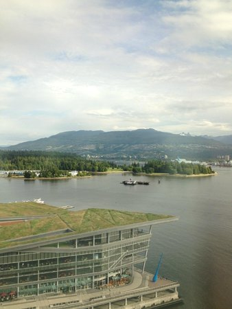 Pan Pacific Vancouver: Our view from our 19th floor corner room