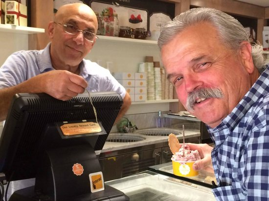 La Toscana di Carlotta: John supporting the gelato business ... Thanks Cash!
