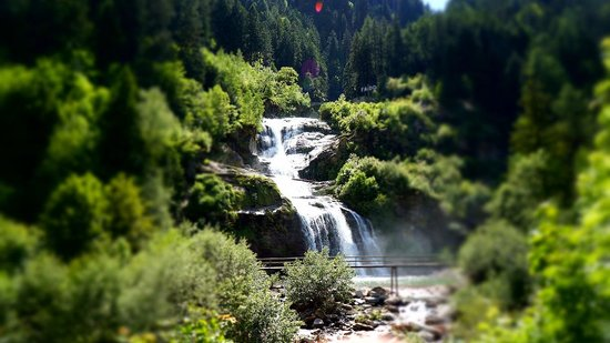 Faido, Sveits: cascata piumogna