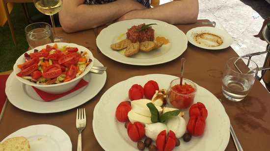 Il Maestro del Gusto: Meal #2 - our lovely lunch